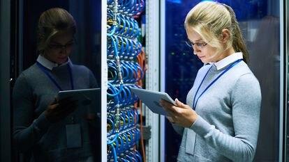 Las profesiones digitales ofrecen condiciones ventajosas para los trabajadores, como una tasa de inserción laboral alta y una banda salarial por encima de la media.