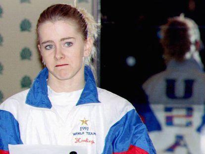 Tonya Harding durante una rueda de prensa en 1994.