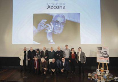Foto de familia al finalizar el homenaje que la Academia de Cine rinidó a Rafael Azcona.