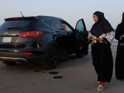 Riad levanta la prohibición de conducir a las mujeres.