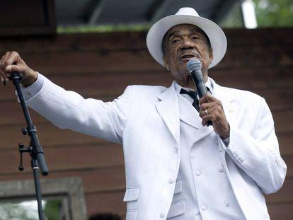 Andre Williams, en una actuación en el Chicago Blues Festival en junio de 2010.