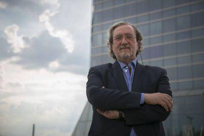 Santiago Torres.