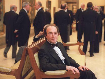 Francisco Calvo Serraller, en la Academia de Bellas Artes de San Fernando el día de su ingreso, el 11 de febrero de 2001.