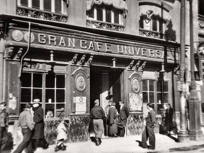 Café Universal de Madrid, el 10 de febrero de 1938
