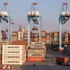 La constante actividad en los muelles del puerto de Algeciras le ha llevado a cerrar el año 2020 con un movimiento más de 107 millones de toneladas de mercancías.