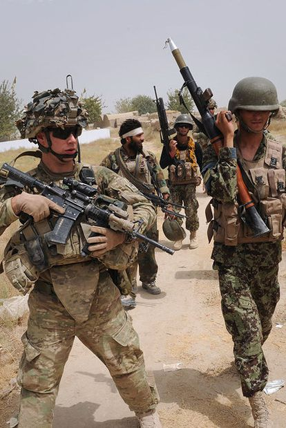 Soldados estadounidenses y afganos, el pasado agosto en Afganistán.