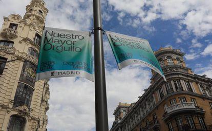 Banderolas de la campaña municipal del Orgullo.