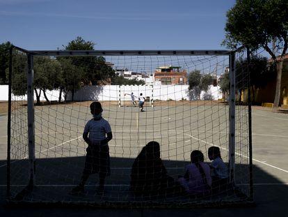 Alumnos en un colegio de Sevilla.