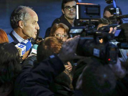 El expresidente Francisco Camps tras declarar ante la juez.