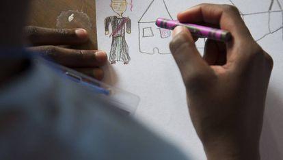 Una adolescente seropositiva, en un campamento para jóvenes portadores del VIH cerca de Durban (Sudáfrica)
