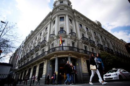 Sede de la Comisión Nacional de los Mercados y la Competencia (CNMC) en Madrid, en una imagen de archivo.