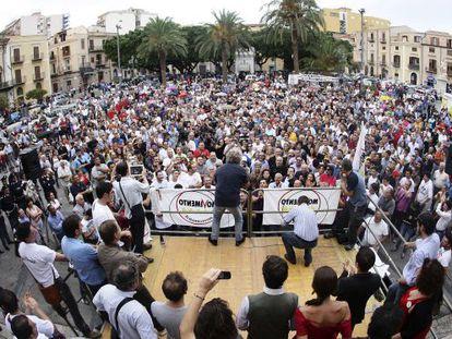 Mitin de Grillo en Termini Imerese (Sicilia) durante la campaña de las regionales, en octubre de 2012.