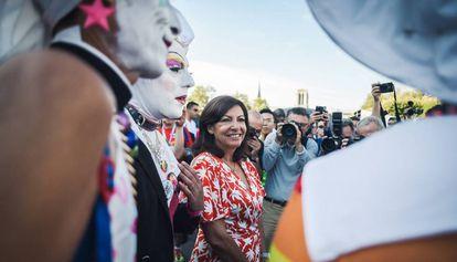 La alcaldesa Anne Hidalgo, en un acto en París en agosto.