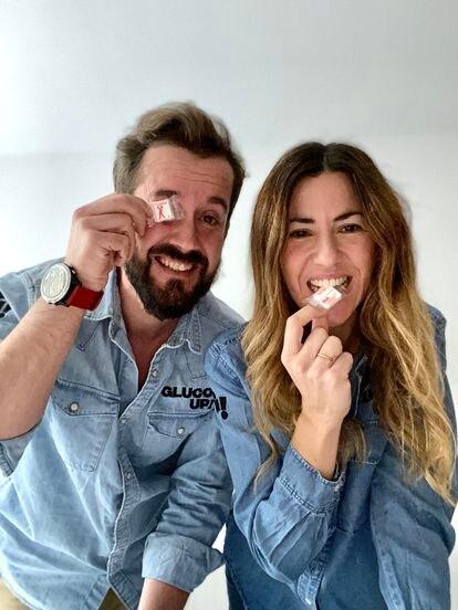 Daniel Baeza y Cristina del Río, de GlucoUp!.