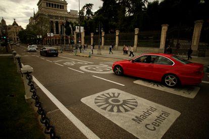 Acceso a la zona de Madrid Central desde la plaza de Cibeles, el pasado 13 de mayo.