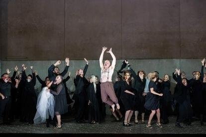 """""""Todo en el mundo es una burla"""": El salto de Falstaff al final de la fuga que cierra la ópera."""