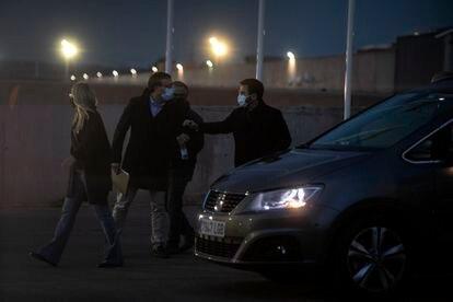 Pere Aragonès, Josep Maria Jové, Elsa Artadi y Josep Rius abandonan el recinto de Lledoners después de la reunión.