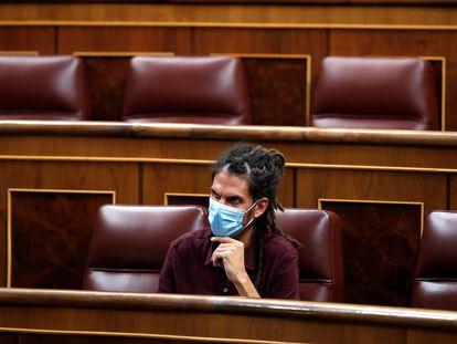 El diputado de Podemos Alberto Rodríguez durante el pleno del Congreso, el pasado martes.