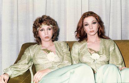 Carmela y Tina Barrull, Las Grecas, en 1975. Ellas crearon el rock gitano español.