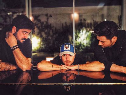 De izquierda a derecha, Antonio Orozco, Pablo López y David Bustamante en una imagen de Instagram de López.