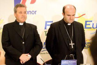 Los obispos de San Sebastián, José Ignacio Munilla, y de Bilbao, Mario Iceta.