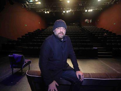 El actor Hovik Keuchkerian, en los teatros Luchana de Madrid.