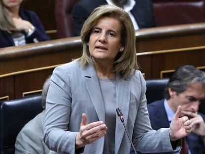 La exministra de Empleo Fatima Bañez, durante una intervención en el Congreso de los Diputados.