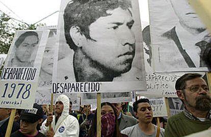 Manifestación en México DF el pasado octubre en protesta por la matanza de la plaza de las Tres Culturas.