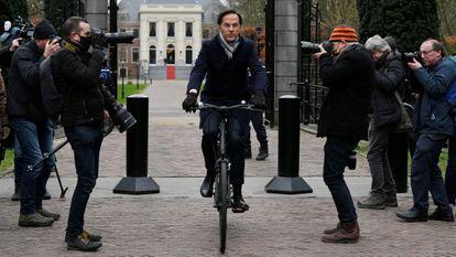 El primer ministro holandés, Mark Rutte, tras el encuentro con el rey este viernes en la Haya.