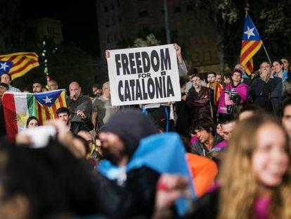 Concentración del día 1 de octubre de 2017 en la plaza de Cataluña.
