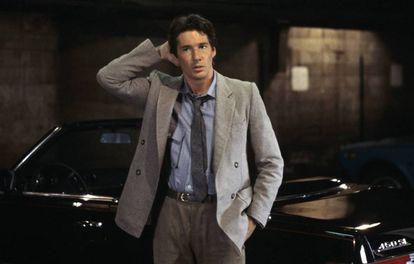 Richard Gere, vestido con un traje de Armani en 'American Gigolo'.