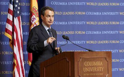 El presidente José Luis Rodríguez Zapatero durante su intervención en un foro de la Universidad de Columbia en Nueva York