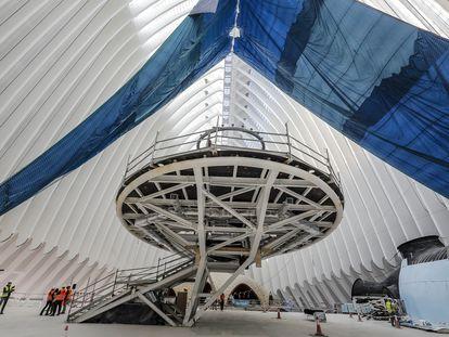 Vista general por dentro del futuro CaixaForum en el edificio Ágora.