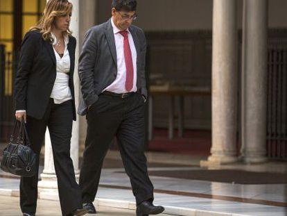 Susana Díaz y Diego Valderas, en el Parlamento en 2013.