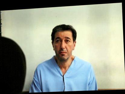 Bassem Awadallah, el 12 de julio de 2021 mientras escucha el veredicto en un tribunal de Amán.