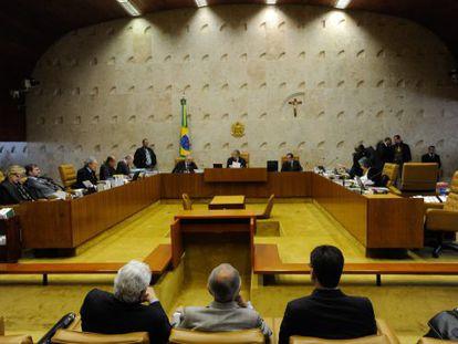 Vista general del Tribunal Supremo de Brasil en una sesión del 'caso mensalão' en 2012.