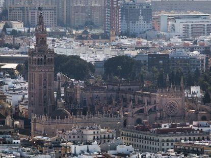 Vista general de la Catedral de Sevilla.