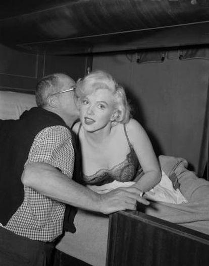 Billy Wilder y Marilyn Monroe, en el rodaje.