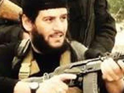 La muerte de Al Adnani refleja la dificultad de la cúpula yihadista para ordenar a sus hombres sin perder más dirigentes y, por tanto, traba su futuro en la antigua Mesopotamia