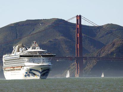 El crucero 'Grand Princess', en la bahía de San Francisco.