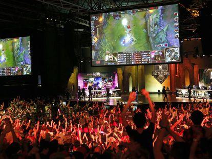 Ambiente durante un torneo de 'League of Legends' en París hace un par de semanas.