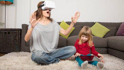 Promotoras y agencias inmobiliarias empiezan a implantar la realidad virtual para vender sus casas.