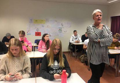 La profesora, durante una clase en un instituto de Reikiavik.