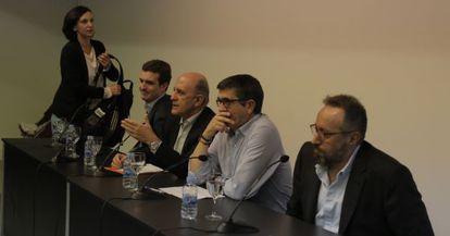 Carolina Bescansa, Pablo Casado, Patxi López y Juan Carlos Girauta, antes del debate.