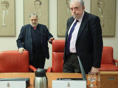 Jornada de debate sobre las futuras pensiones en el Congreso de los Diputados. En la imagen, Juan Van-Halen y  Octavio Granado, secretario de Estado de la Seguridad Social.