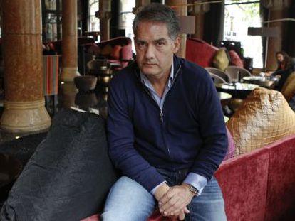 Philip Kerr, uno de los 13 autores que reúne la colección de novela negra.
