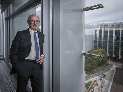 El presidente de Repsol, Antonio Brufau, en la sede de la compañía en Madrid, antes de la entrevista.