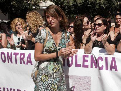 Juana Rivas, en primer término, en una manifestación en Maracena en su apoyo el 25 de julio pasado.
