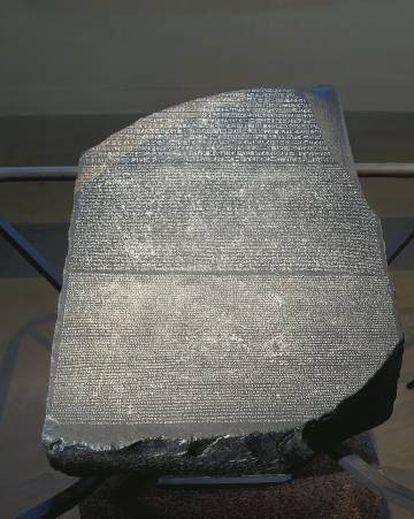 La piedra de Rosetta en el Museo Británico.