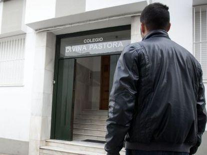 El profesor que ha demandado al colegio de Sanlúcar.